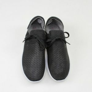 WOMEN'S PERFORATED LACE UP CASUAL SNEAKERS